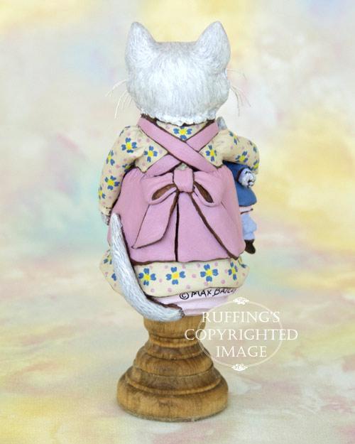 Jessie and Jeannie, original white kitten figurine by Max Bailey