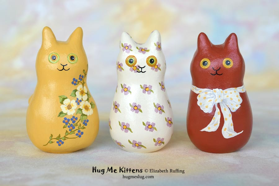 Hug Me Kitten figurines by Elizabeth Ruffing