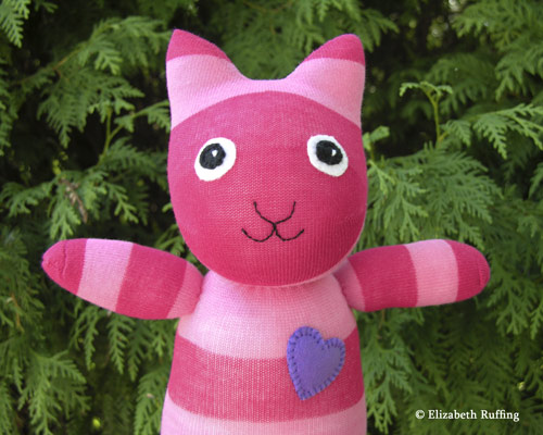 Hug Me! Sock Kitty by Elizabeth Ruffing