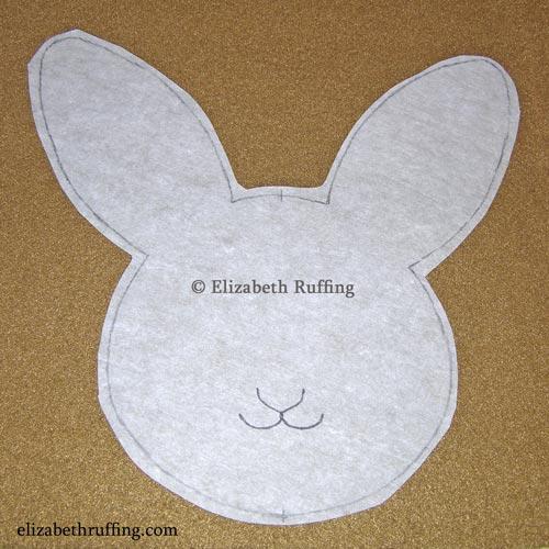 Hug Me! Bunny applique by Elizabeth Ruffing